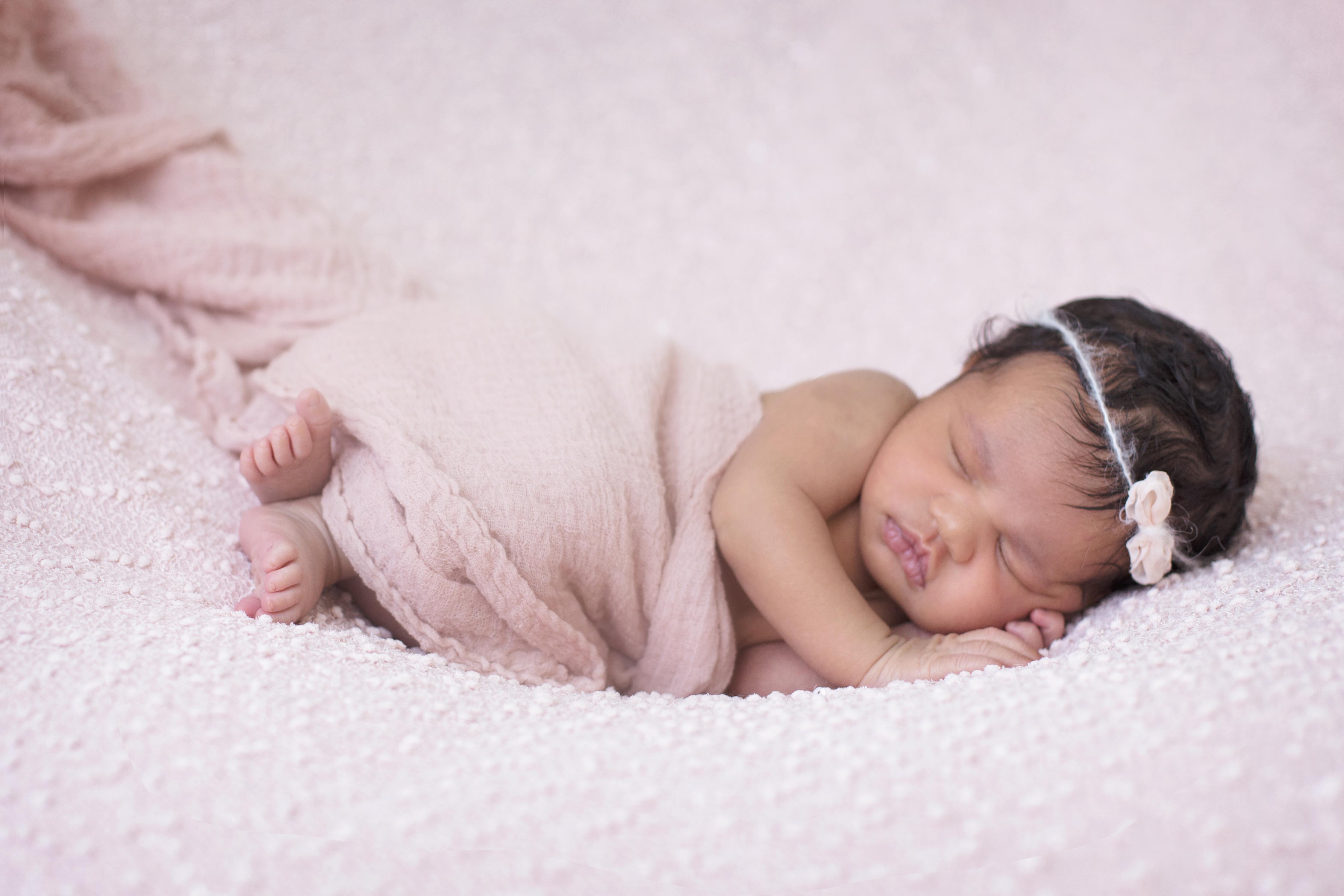 Newborn Lily Farida Alvi Toronto Brampton-14