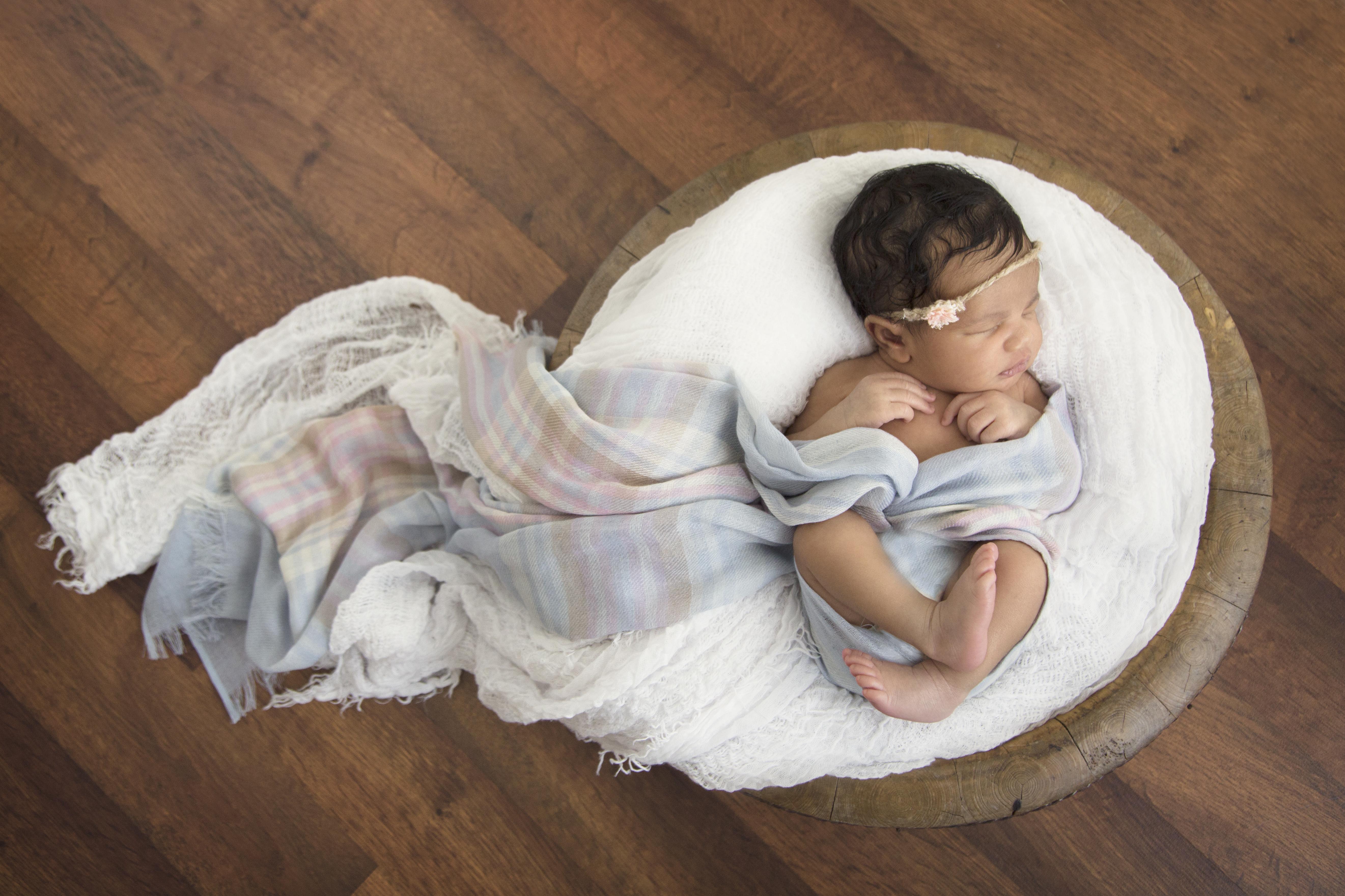 Newborn Lily Farida Alvi Toronto Brampton-8