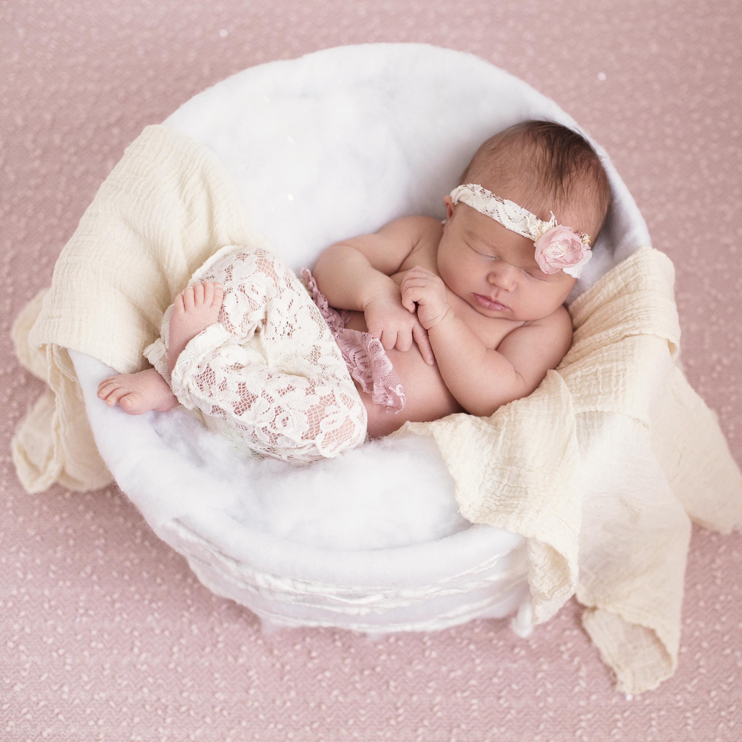 Newborn Farida Alvi Abigail_20