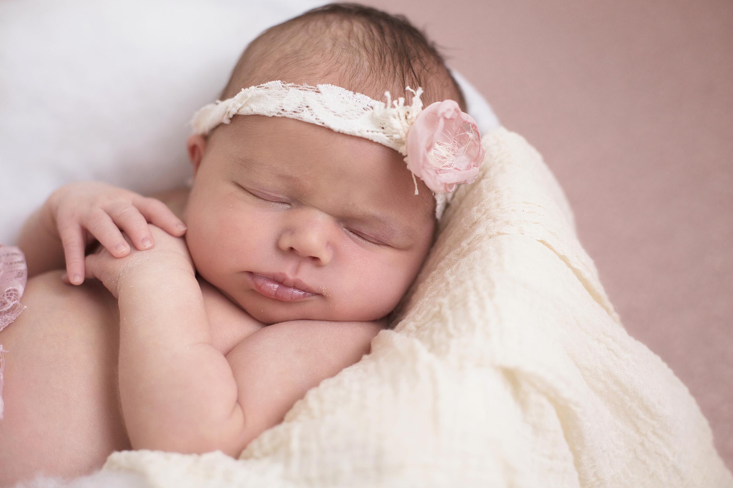 Newborn Farida Alvi Abigail_29