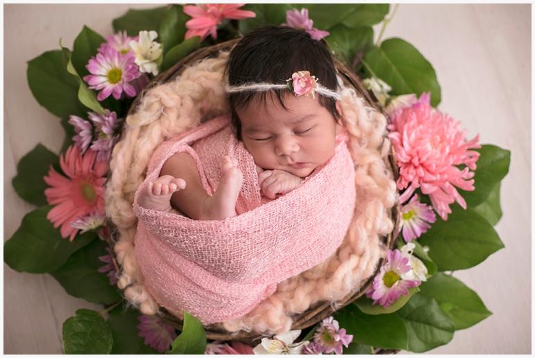 newborn-saira-farida-alvi-photo_0002